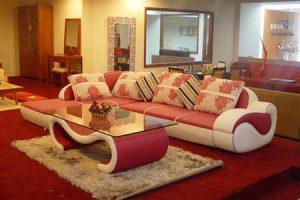 trang trí phòng khách với ghế sofa