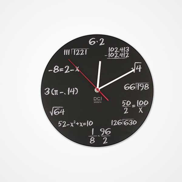 Đồng hồ treo tường toán học