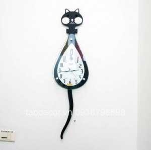 Đồng hồ treo tường mèo quẫy đuôi