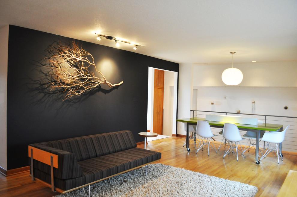 Một nhánh cây khô trang trí tường