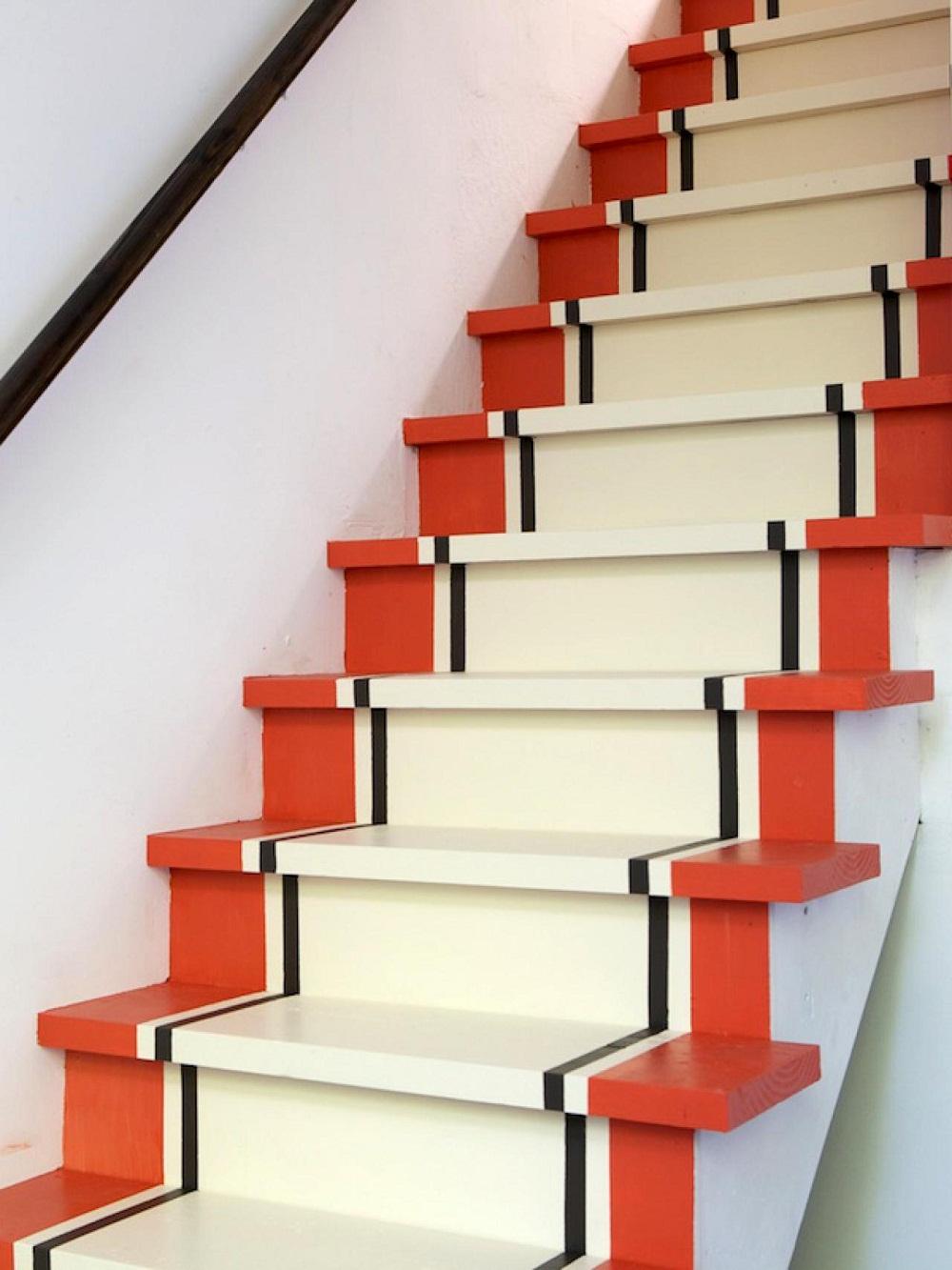 Trang trí cầu thang