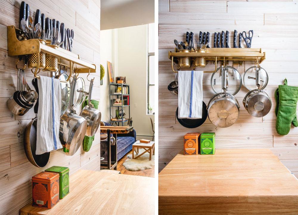 Những dụng cụ nhà bếp được gắn gọn gàng trên tường giúp tiết kiệm không gian.
