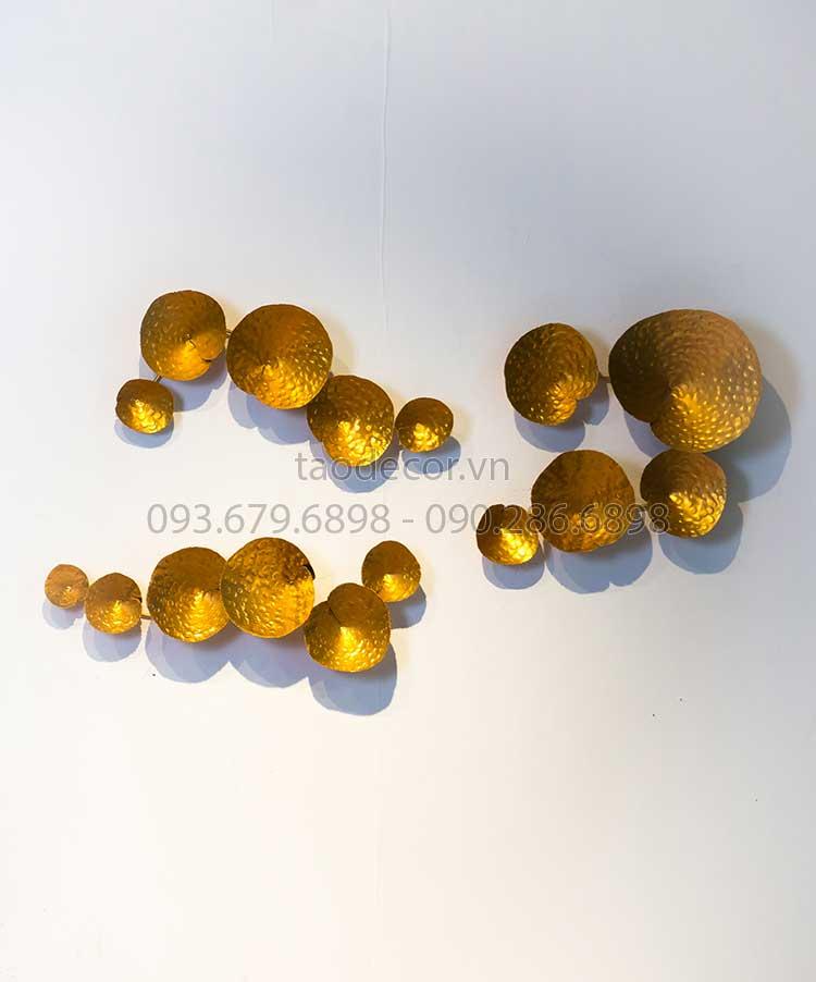 do-trang-tri-treo-tuong-ngan-diep-du-thuy--15D085-68x56x11-84x36x11-75x34x11-(1)