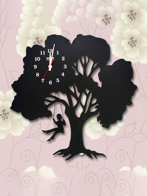 đồng hồ treo tường cây xích đu nhỏ