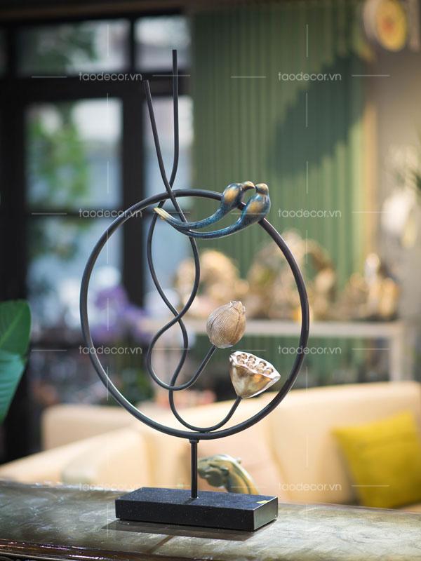 trang trí nhà-mua đồ trang trí kệ ở đâu-đồ trang trí phòng khách sang trọng-1.1