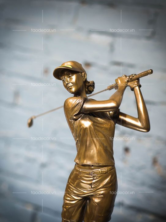 Tượng Nữ Đánh Golf (TKD721)-2
