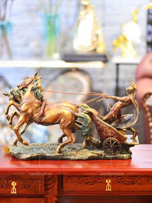 Roman Charioteer - taodecor.vn trang trí nhà và quà tặng