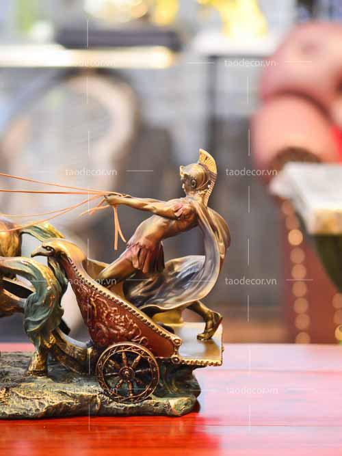Roman Charioteer - taodecor.vn trang trí nhà và quà tặng 6