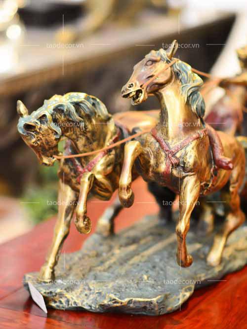 Roman Charioteer - taodecor.vn trang trí nhà và quà tặng 5