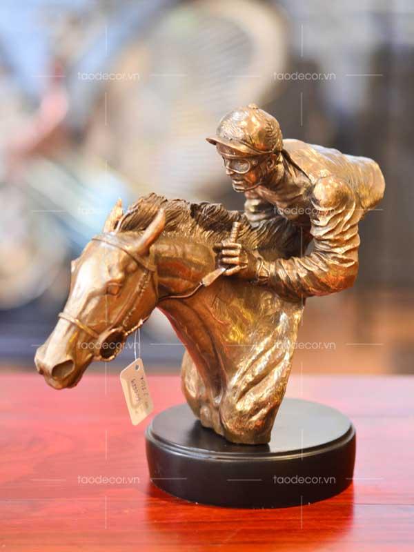 người đua ngựa - taodecor.vn trang trí nhà và quà tặng
