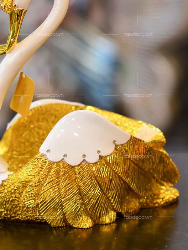 thiên nga hầu rượu vàng - taodecor.vn trang trí nhà và quà tặng