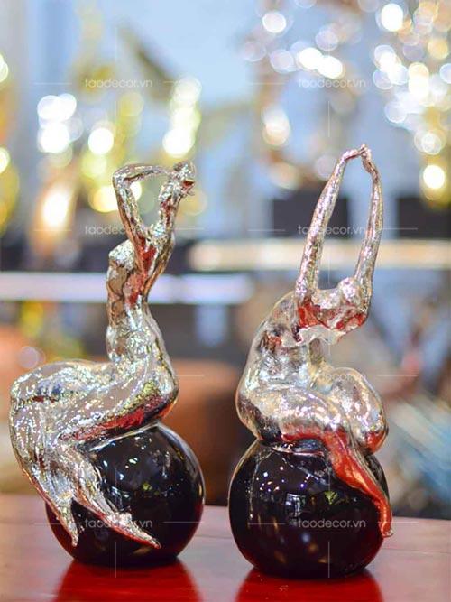 Bộ tượng cô gái nghệ thuật - taodecor.vn trang trí nhà và quà tặng 1