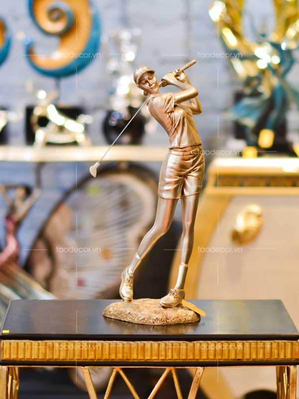 Tượng nữ đánh golf bạc - taodecor.vn trang trí nhà và quà tặng 1