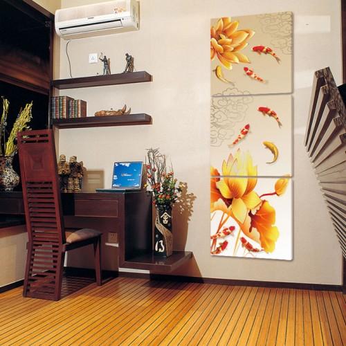 Khung tranh cá vàng trang trí cho không gian nhà sếp