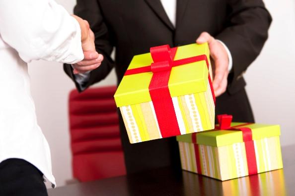 Chọn quà tặng phù hợp cho doanh nghiệp hiệu quả cao