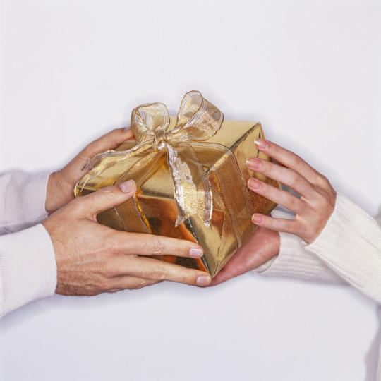 Món quà tặng sếp khi về nghỉ hưu hợp lý nhất