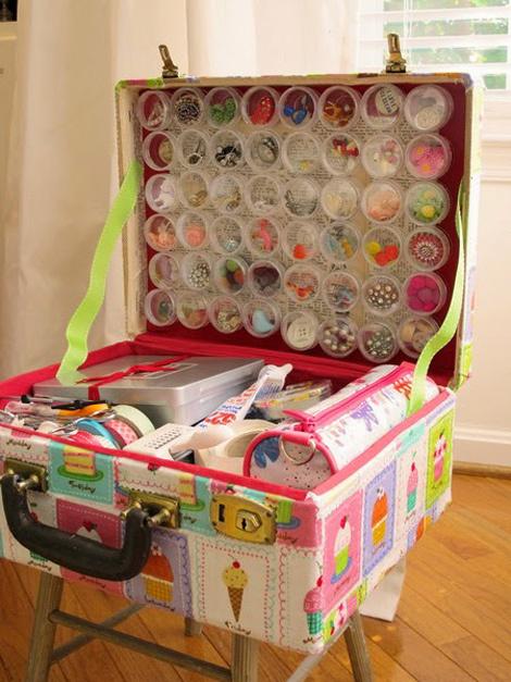hãy cất những đồ nhỏ, lặt vặt vào chiếc vali nhé