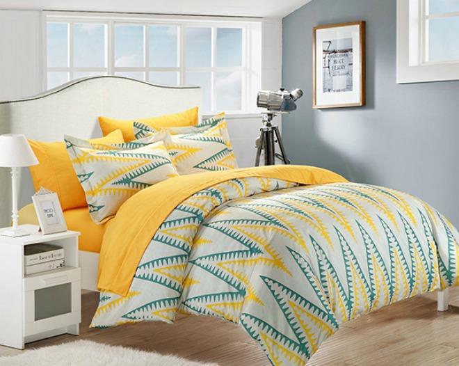Màu vàng hoạ tiết sẽ làm cho căn phòng của bạn trở nên hài hoà hơn