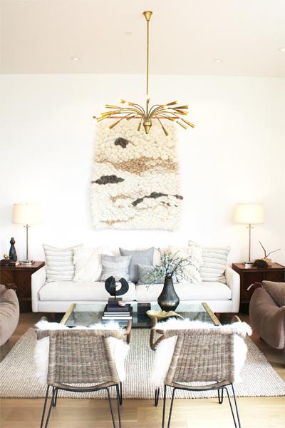 Đồ nội thất màu trắng sang trọng nhưng có thể sẽ nhanh chóng đổi màu