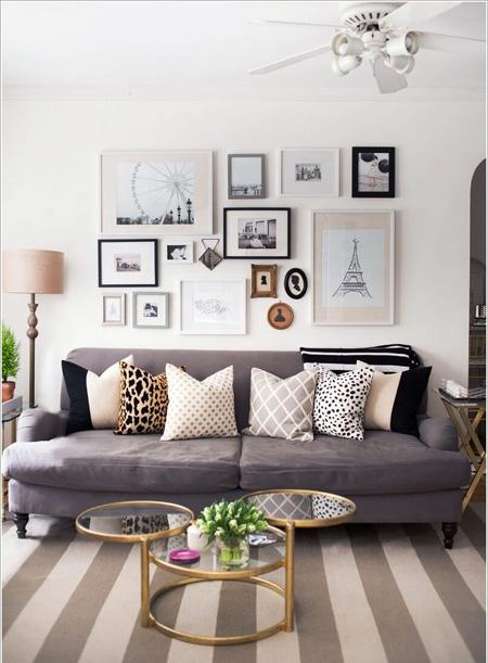 Gallery ảnh phía sau chiếc sofa